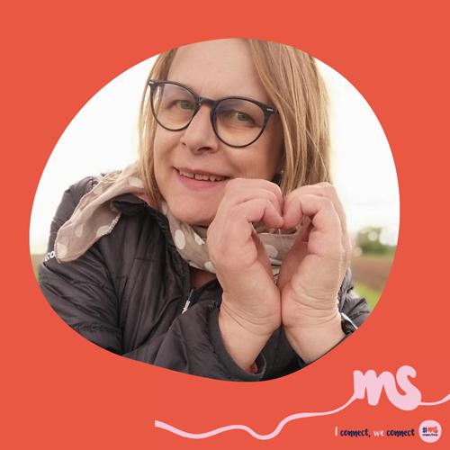 """Caroline Régnard-Mayer: """"Zum Welt-MS-Tag: Über Ländergrenzen hinaus verbunden, miteinander für die gleiche Sache, digital verbinden, damit niemand mit seiner Erkrankung alleine ist!"""""""